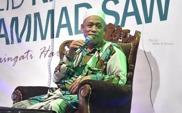 Mereka yang mengatakan Maulid Nabi Bid'ah mungkin tidak pernah belajar mantiq (Malam maulidurrasul Muhammad SAW)