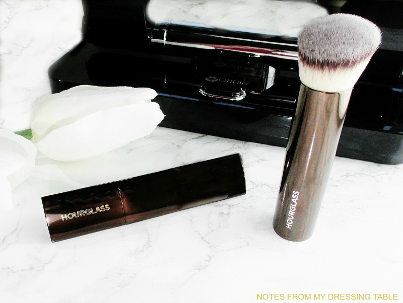 hourglass-vanish-seamless-finish-stick-foundation-and-brush-review-1