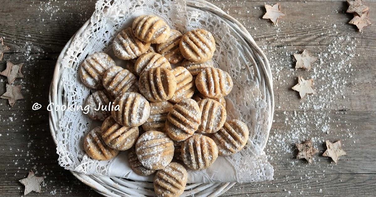 cooking julia : petits sablÉs aux noisettes