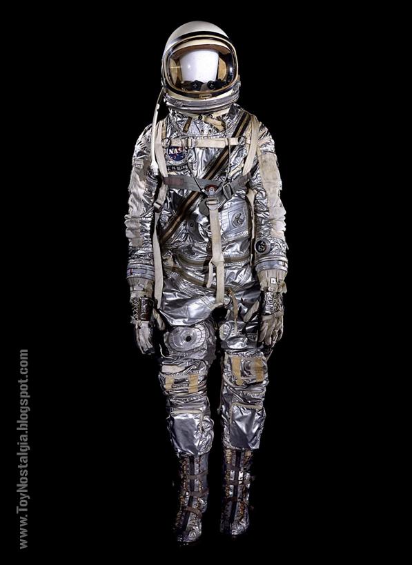 Traje espacial MK4 llevado por Jhon Glenn durante las misiones del proyecto MERCURY (ACTION MAN ASTRONAUT -PALITOY)