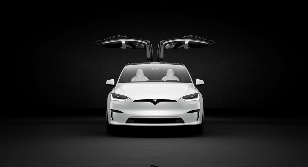 سيارة تسلا موديل إكس / tesla model X