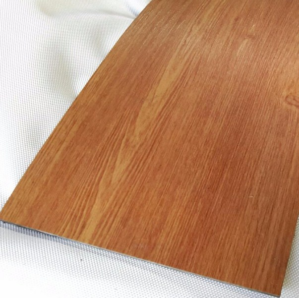 keramik lantai motif kayu jati