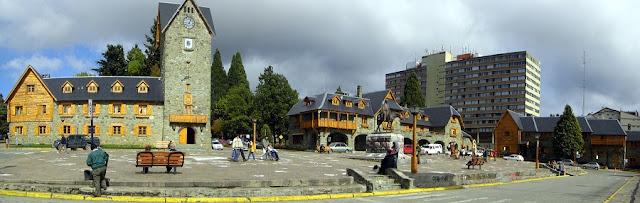 Edifícios no Centro Cívico de Bariloche