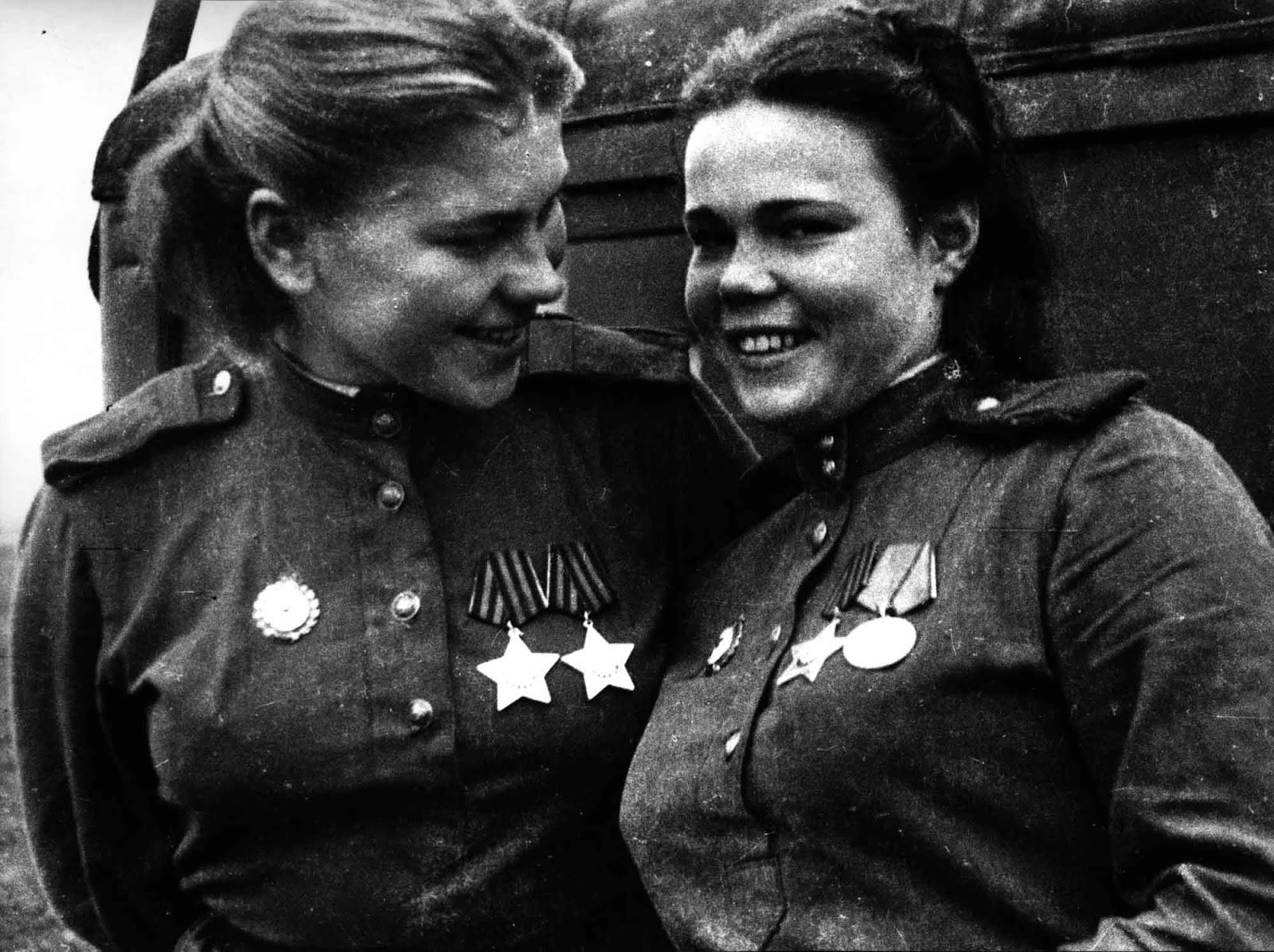 Roza Shanina and Evdokia Fedorovna Krasnoborova.