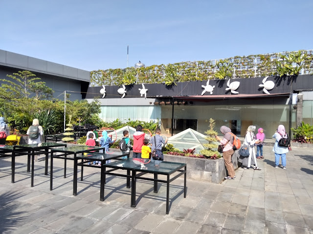 Rooftop Garden Hotel Tjokro Bandung