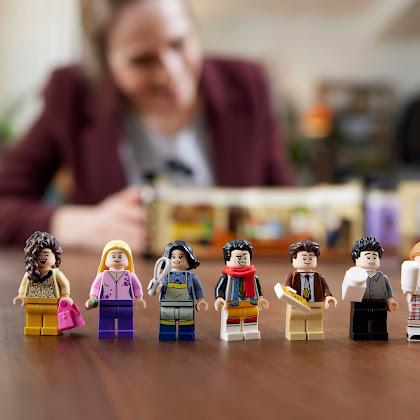 Reúnam os vossos amigos e construam em LEGO os apartamentos de F.R.I.E.N.D.S.