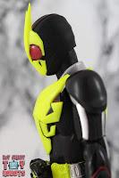 S.H. Figuarts Kamen Rider Zero-One Rising Hopper 10