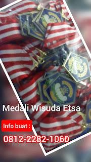 bikin medali wisuda di bangli