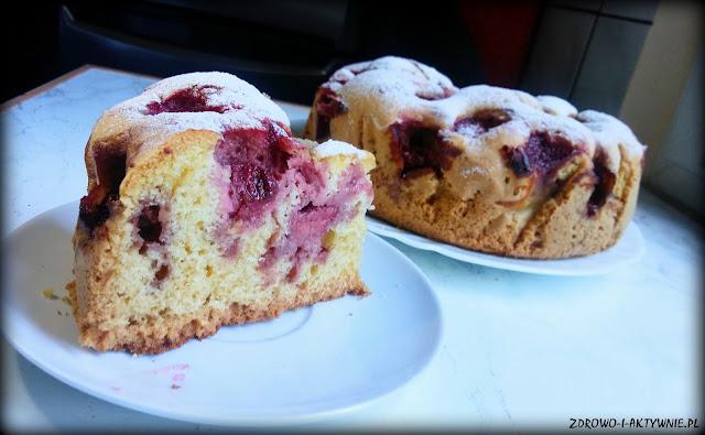 Ciasto z truskawkami - szybkie i wilgotne