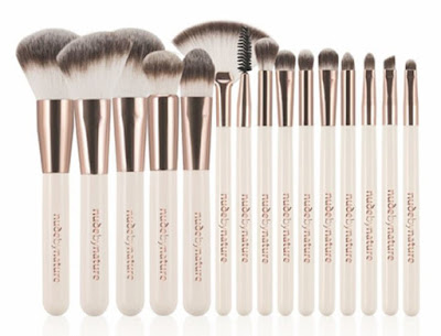 This week I m obsessed with... Nude By Nature Brilliance Ultimate 15 Piece Brush Set!