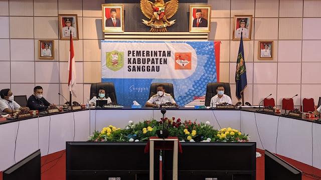 Bupati Sanggau Paolus Hadi hadir Verifikasi Lapangan Hybrid evaluasi KLA tahun 2011 oleh Kementerian PPPA RI