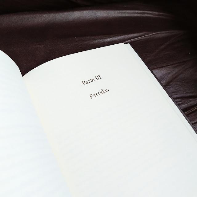 livro algo sinistro vem por ai