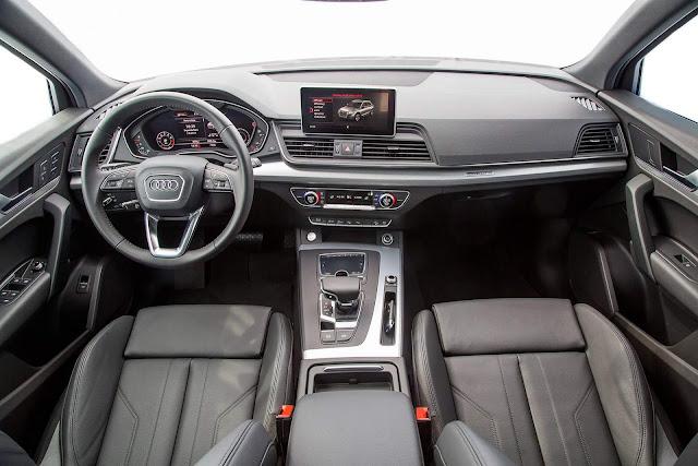 Novo Audi Q5 2018 - interior - painel