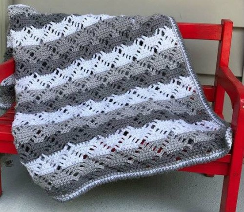 Diamond Lace Blanket - Free Pattern