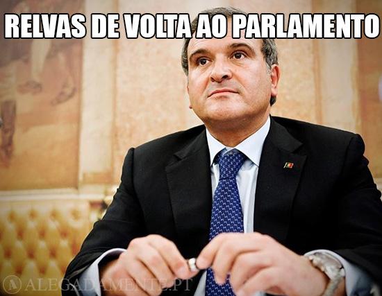 Alegadamente: Imagem de Miguel Relvas – Relvas de volta ao Parlamento