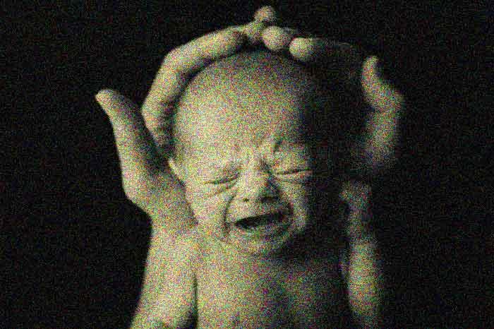 Bayi yang Baru Lahir Sudah Diperingatkan Akan Kerasnya Kehidupan