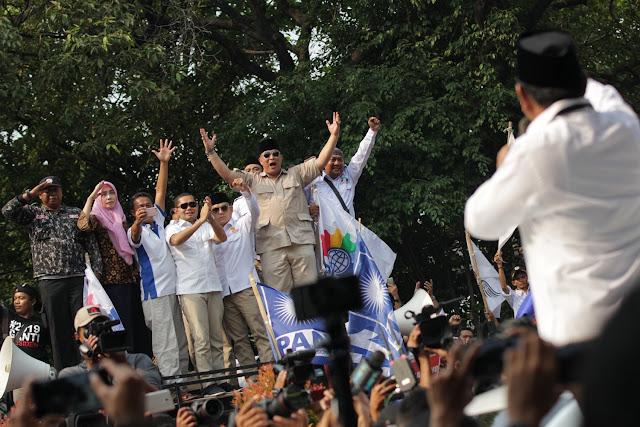 Prabowo-Sandiaga Bakal Jadi Tamu Kehormatan di Reuni Aksi 212