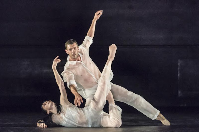 Ivan Perez: Flutter (music by Nico Muhly) - Natalia Osipova, Jonathan Goddard at Sadler's Wells in 2018 (Photo Johan Persson)