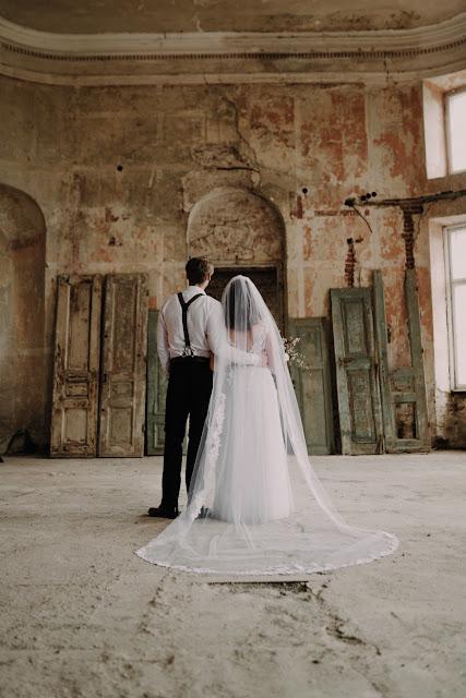 Sesja zdjęciowa Yes, I do photography. Włoski klimat z nutką boho. Fotografia ślubna, słodki stół, tort weselny, suknia ślubna, garnitur, papeteria ślubna, bukiet ślubny, welon,shabby chic, industrialna,zabytkowy Pałac, Pałac w Szczekocinach.