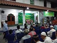 Inilah Cara Pererat Silaturahmi Babinsa Kratonan hadiri Pengajian dan  Halal Bihalal