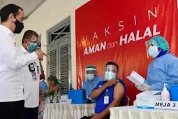 Jokowi Tinjau Lokasi  Vaksinasi Massal di Kota Yogyakarta