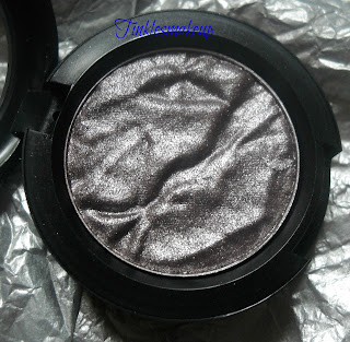 mac_faerie_whispers_eyeshadow_magic_in_your_eyes