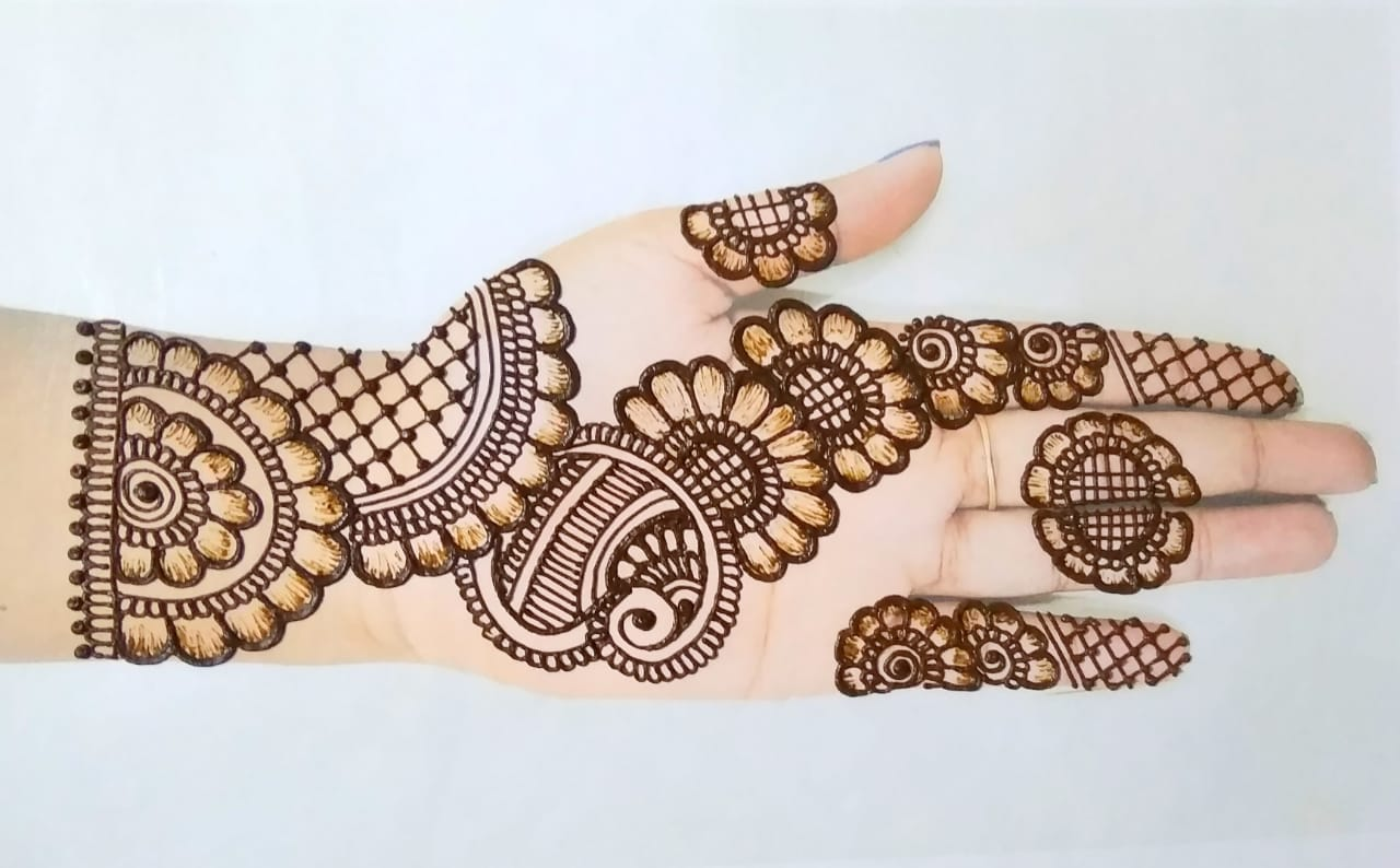 Simple Mehndi Design Pictures 2020
