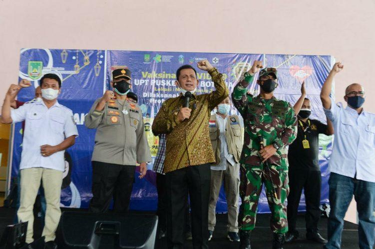 Gubernur Ansar Tinjau Pelaksanaan Vaksinasi Covid-19 Bagi Karyawan di Batam