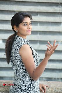 Telugu Television Actress Karuna Latest Pos In Denium Jeans  0036.JPG