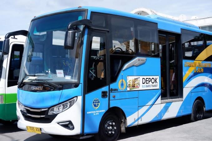 Bus D'Gol Layani Rute Terminal Depok-Terminal Jatijajar