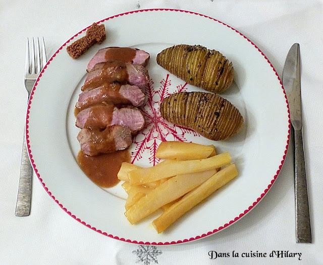 Magret de canard au pain d'épices, pomme de terre à la Suédoise et panais glacé