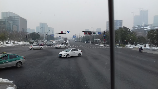 d6d87090971 Kinda took the picture of the road in China while I was in the bus. The  moment when I arrived at China