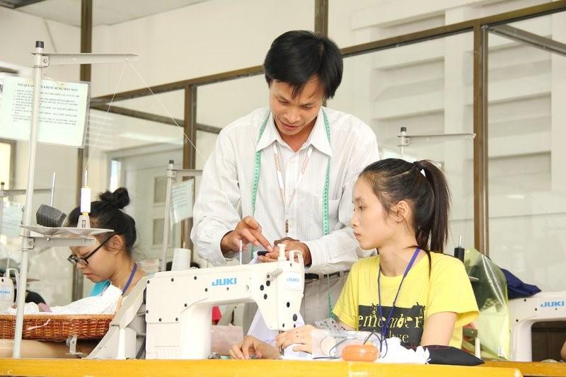 Kỹ sư ngành Công nghệ dệt may