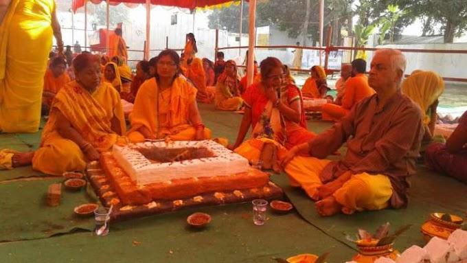 भारतीय मन के साथ द्रोह करते कांग्रेसी व बामपंथी-------!