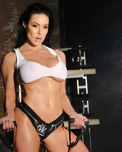 Kendra Lust Hot & Sexy Pics