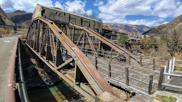 日光から細尾峠を越えて足尾へ。足尾鉱山の産業遺産を見学して渡良瀬川とわたらせ渓谷鐵道沿いに赤城まで走るサイクリングコース