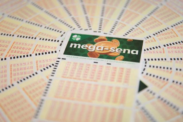 Mega-Sena: uma aposta acerta as seis dezenas e ganha R$ 43 milhões