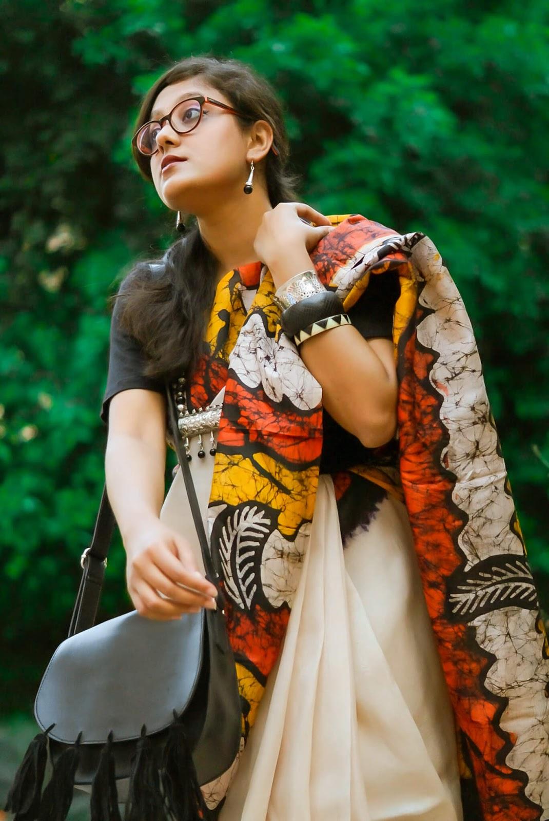 wear sari to work