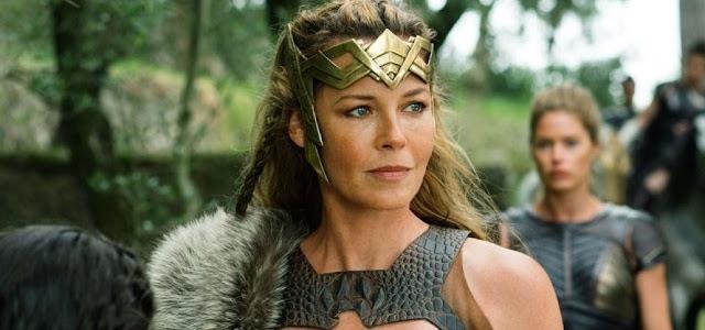 Connie Nielsen diz que Zack Snyder brigou para que atriz conseguisse seu papel em Mulher Maravilha