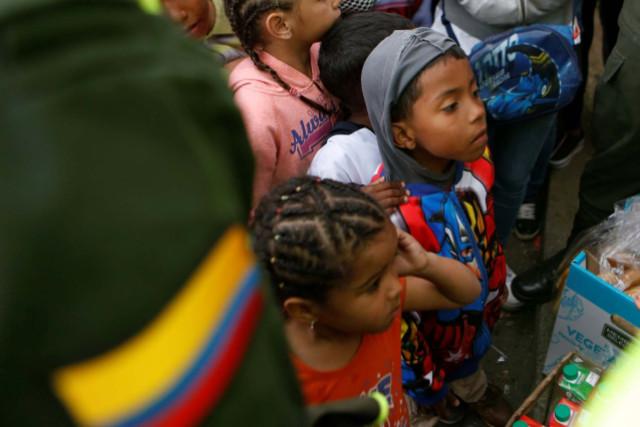 Niños venezolanos mueren por fallas en servicios sanitarios, denuncia ONG