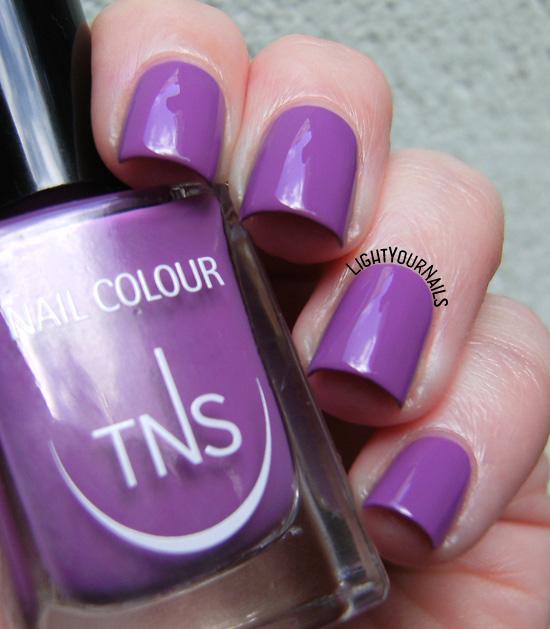 TNS Cosmetics Wild Flowers: Iris (UNS463) smalto