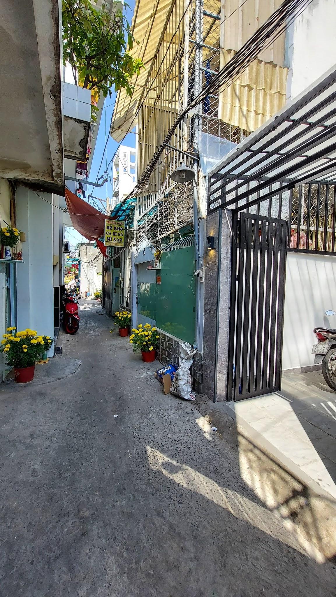 Bán nhà hẻm Phạm Hùng Quận 8 dưới 5 tỷ mới nhất, gần cầu Nguyễn Tri Phương