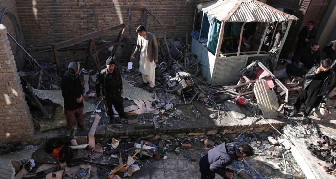 Un atentado suicida con 41 muertos culmina un sangriento 2017 en Kabul