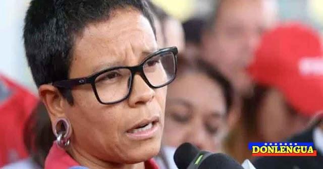 Erika Farías formalizó su renuncia a la Alcaldía de Caracas