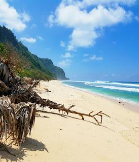 pantai batu tampih