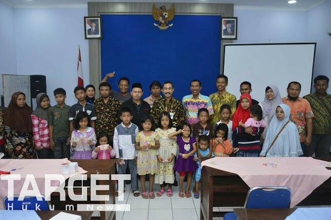Lepas Enam Keluarga Transmigrasi, Bupati Haryanto Ungkapkan Rasa Harunya