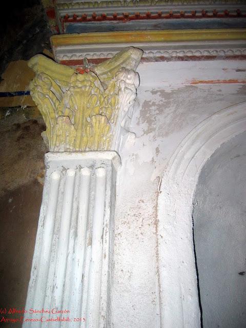 arroyo-cerezo-iglesia-pilastra-capitel