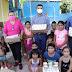 En Tuzantla, Octavio Ocampo entrega anteojos, cemento, tinacos y apoyos alimentarios