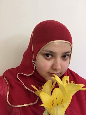 Fatiha El-Ghorri comedian at Women in Sisterhood May Event