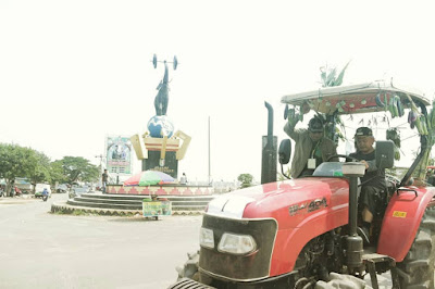 Fauzi Buka Lomba Balap Traktor Piala Bupati Pringsewu 2019